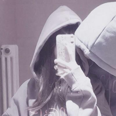 情侣头像情头①无论对错你都会偏向我.