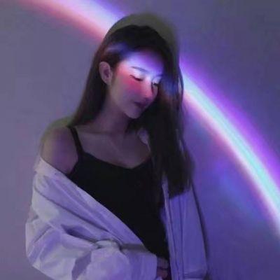 女生头像女生头像带彩虹的