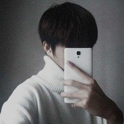 男生头像言辞:手机控男头/高冷/文艺范/酷