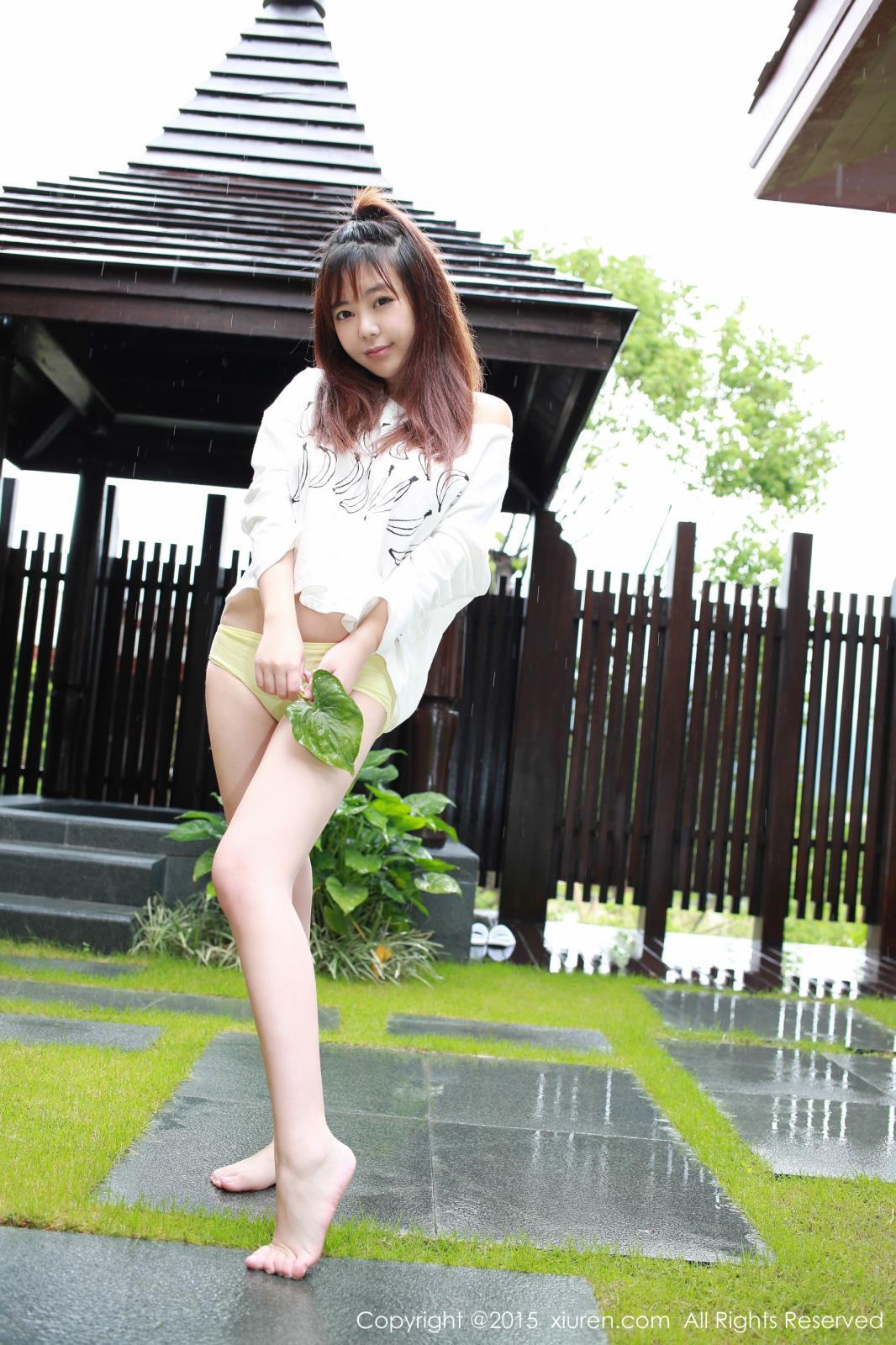 秀人网性感女神刘飞儿Faye泳装美胸翘臀心愿旅拍