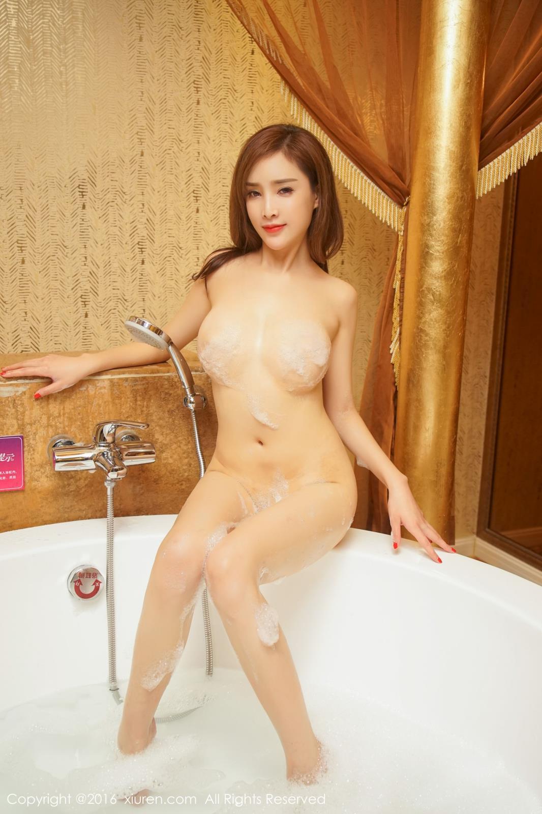 [XiuRen秀人网] 美女模特周妍希土肥圆矮挫穷浴室情趣湿身诱惑大尺度写真