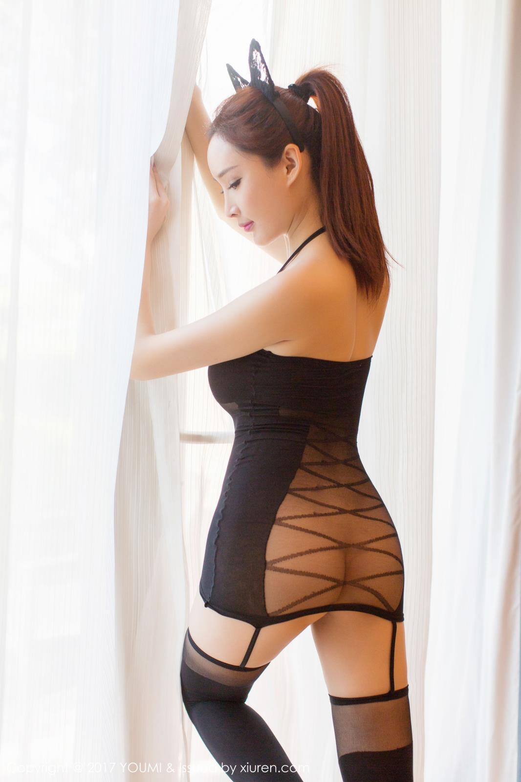 [YouMi尤蜜荟] 宅男女神周妍希土肥圆矮挫穷黑丝美腿兔女郎迪拜旅拍