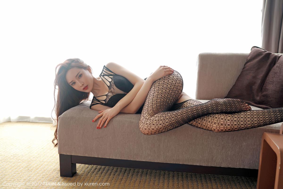 [FEILIN嗲囡囡] 性感女神周妍希土肥圆矮挫穷蕾丝网格内衣诱惑大尺度写真