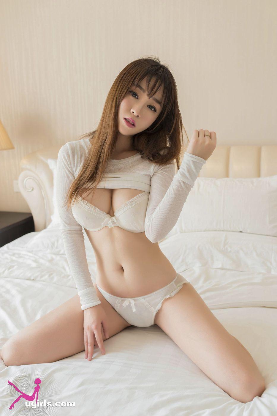 [ugirls尤果网] 性感嫩模王语纯日系风格床照丁字裤写真