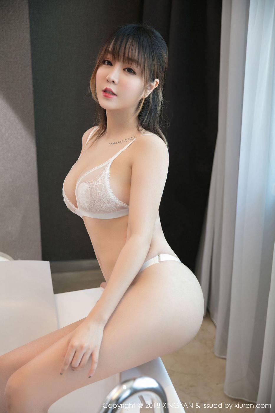 [XINGYAN星颜社] 性感女神王雨纯白色蕾丝内衣诱惑爆乳美腿写真 Vol.076
