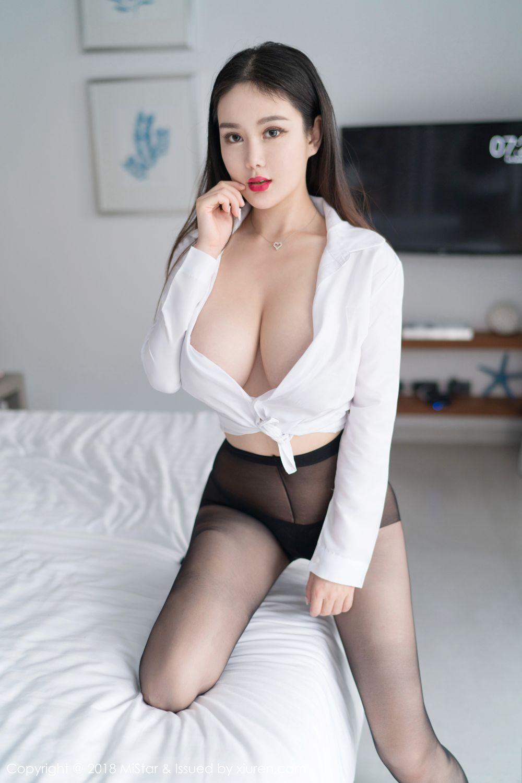 [MiStar魅妍社] 美女模特易阳Silvia白衬衫惹火巨乳黑丝美腿吉普岛写真 VOL.232
