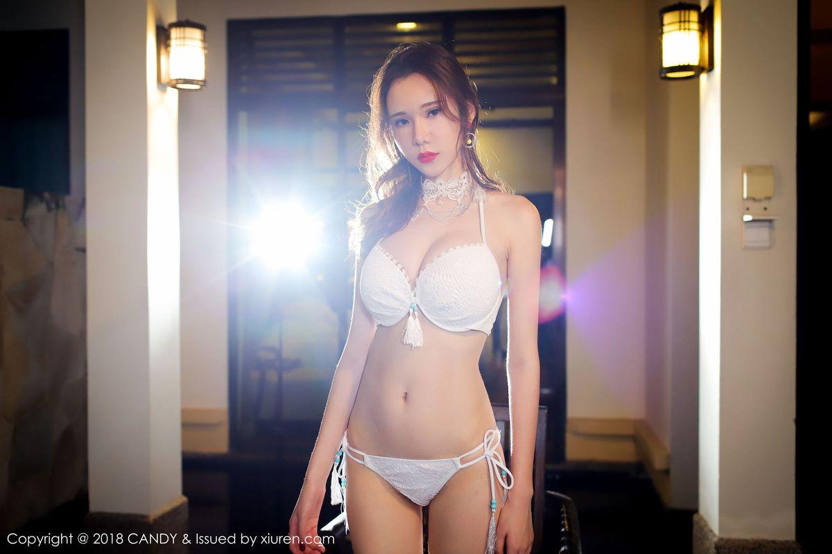 [CANDY网红馆] 性感女神萌琪琪Irene丝袜美腿内衣诱惑沙巴旅拍写真 VOL.056