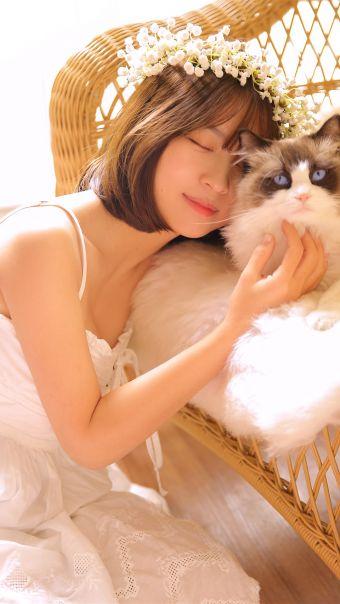 短发美女花仙子写真