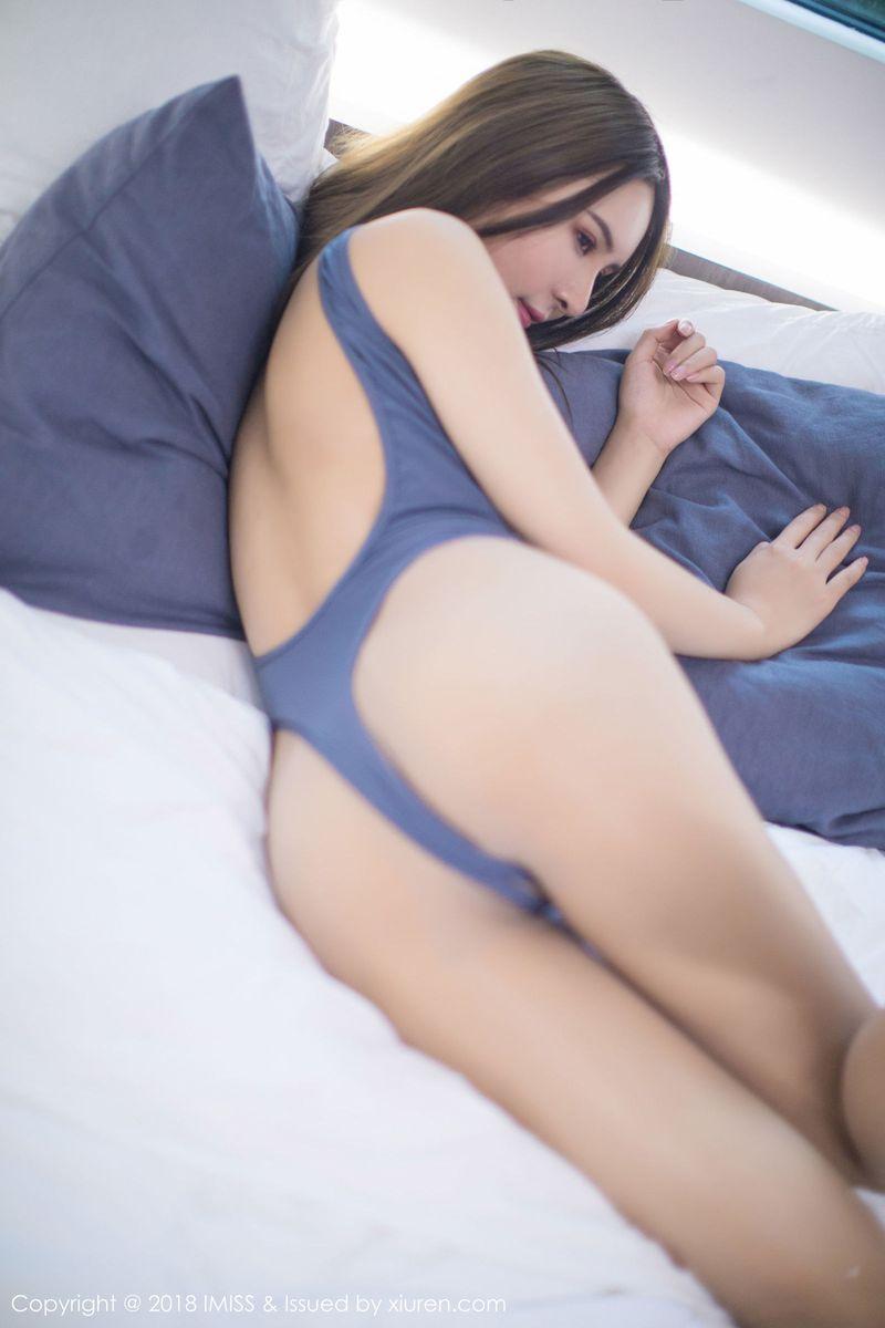[IMiss爱蜜社] 性感女神SOLO-尹菲丝袜美腿内衣诱惑欲望写真 Vol.237